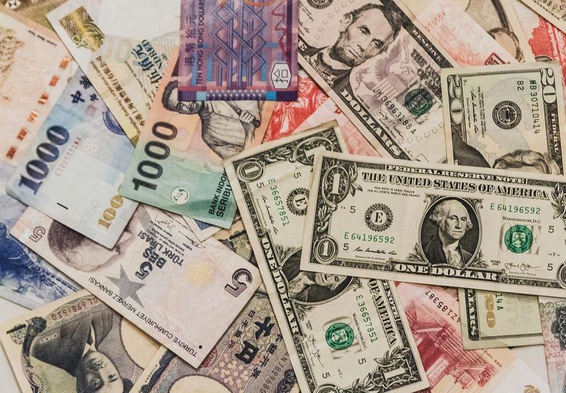 海外のドル決済