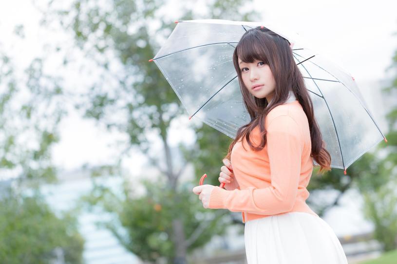雨の日の美女