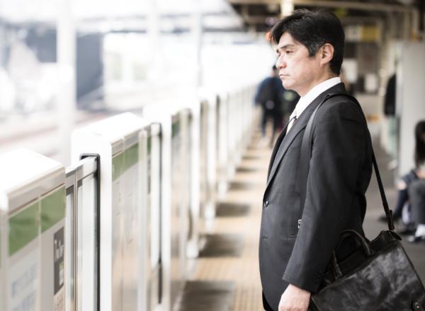 大阪への出張サラリーマンの出会い系利用