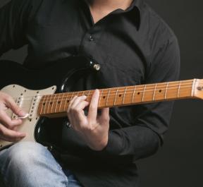 ジャイ吉ギターをはじめる