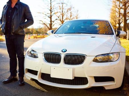 出会い系アプリで相手を見つける場合車があると便利